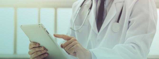 medico-tablet-saude