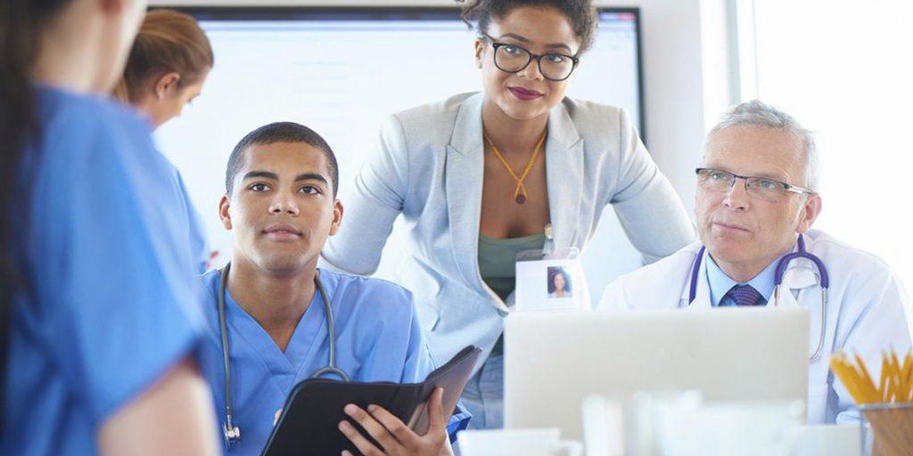 6 formas de otimizar finanças na gestão de uma clínica médica | MedPlus