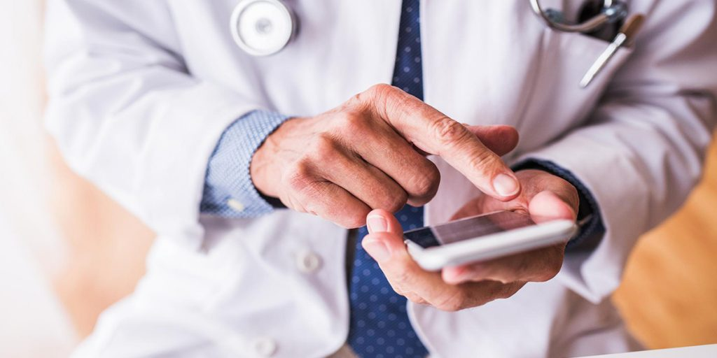 Investir em marketing de relacionamento em sua clínica?   MedPlus