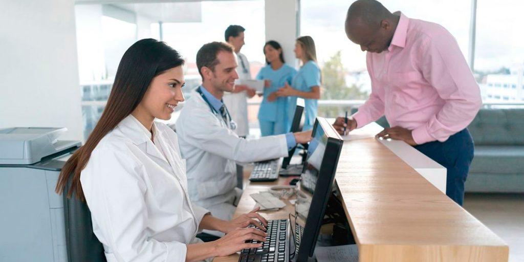 Agenda médica com muitas faltas e horários vagos MedPlus